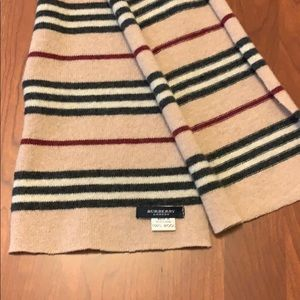 Wool burberry scarf